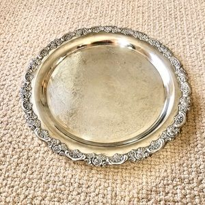 Oneida Silver plate serving tray Large round